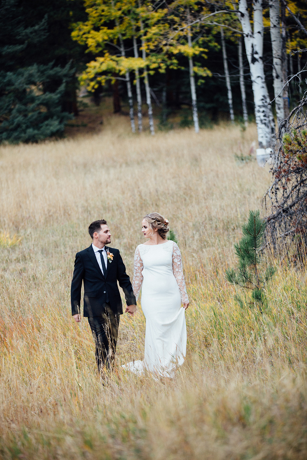outdoor colorado wedding