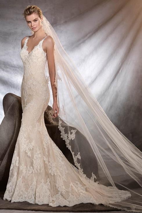 Pronovias Osera Ivory // Retail Price $2640 | Our Price $1257