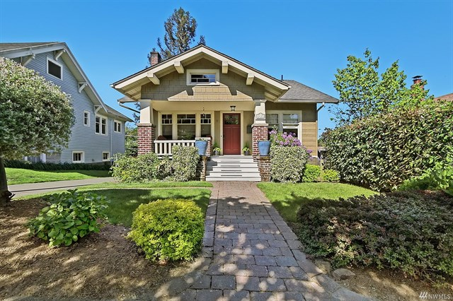 **2439 2nd Ave W, Seattle   $1,300,000