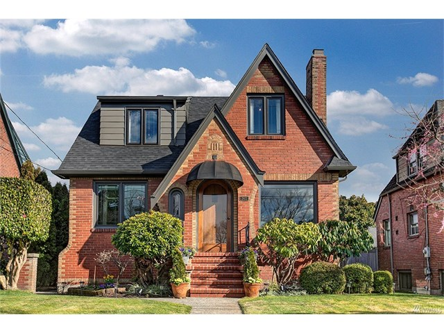 *2922 28th Ave W, Seattle   $1,155,360