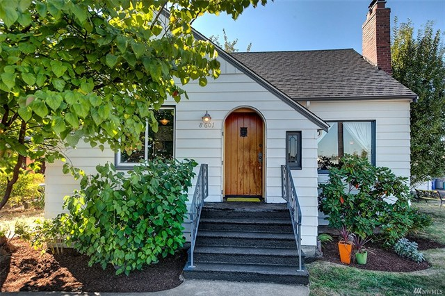 *8601 17th Ave S, Seattle   $499,000