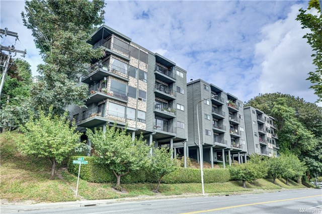 **2001 Westlake Ave N #34, Seattle   $405,000