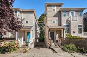 6816 Oswego Place NE #B, Seattle   $530,000