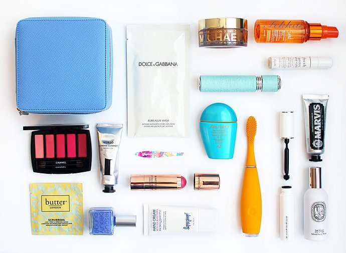 The Ultimate Beauty Travel Kit: Small Wonders to Pack for a Weekend Getaway
