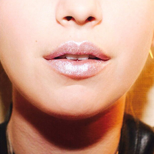Eye Shadow + Lip Gloss = Shimmer Lips