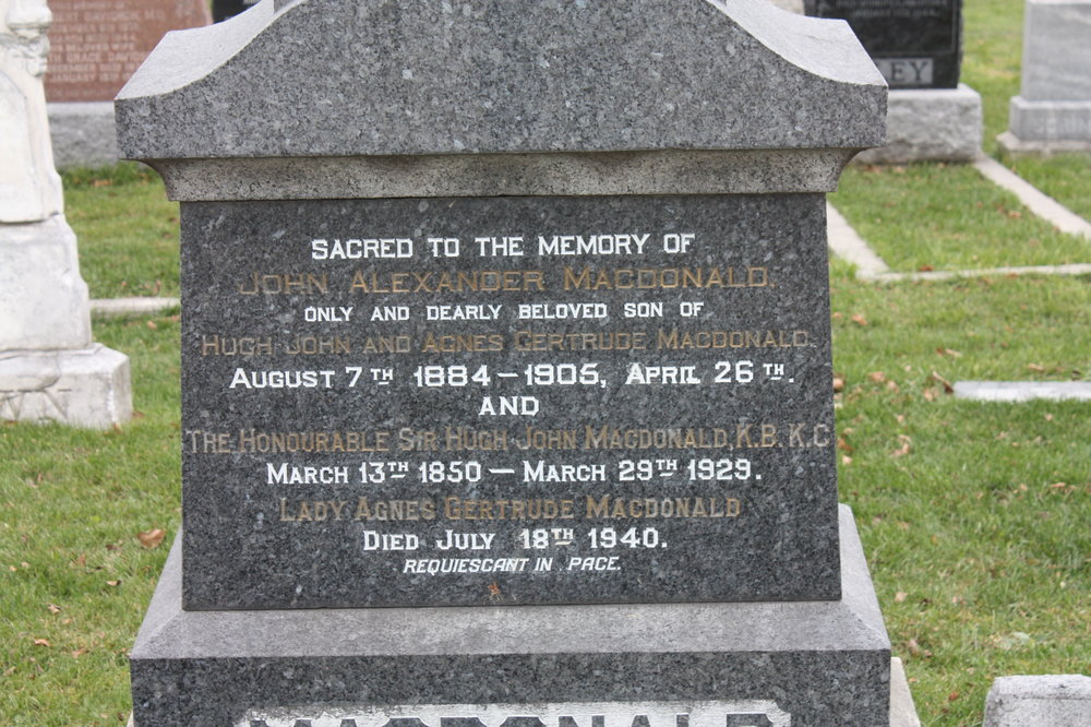 The family tombstone. /DMVC Archives