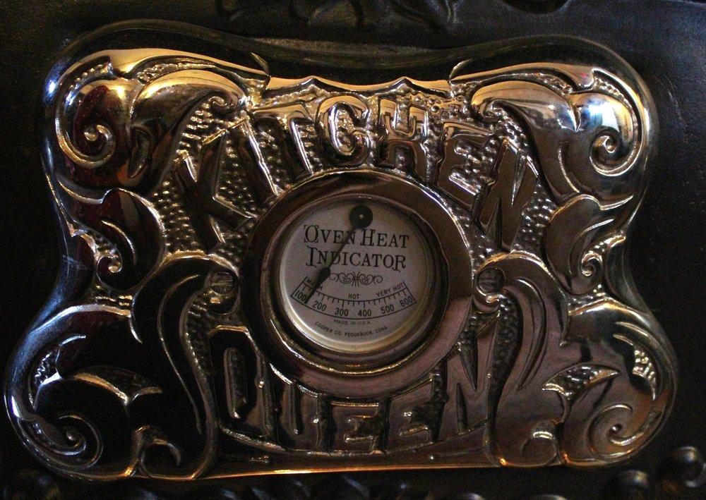 Kitchen Queen Stove temperature gauge, Dalnavert Museum
