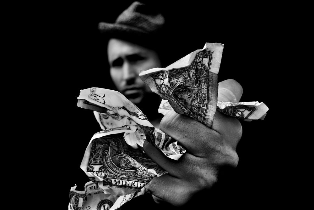 o1-the-money-shot-mark-maryanovich-finalist-images-from-a-glass-eye-international-juried-photography-show.jpg