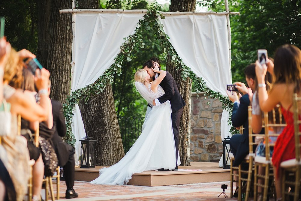 romantic_hotelduvillage_newhope_pennsylvania_wedding_064.jpg
