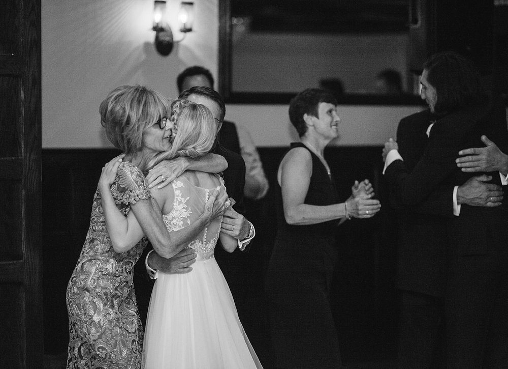 romantic_hotelduvillage_newhope_pennsylvania_wedding_088.jpg