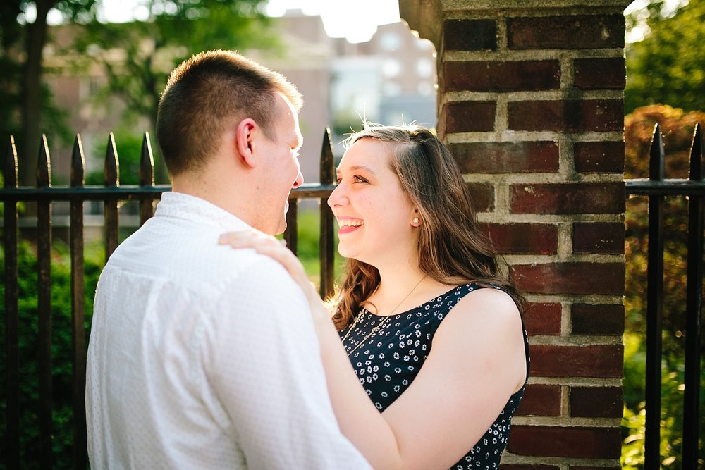 lizandbrandon_oldcity_philadelphia_elfrethsalley_engagement_session_image013.jpg