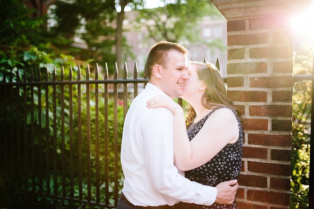 lizandbrandon_oldcity_philadelphia_elfrethsalley_engagement_session_image014.jpg