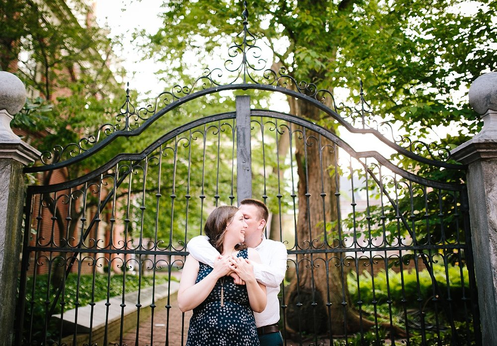 lizandbrandon_oldcity_philadelphia_elfrethsalley_engagement_session_image019.jpg
