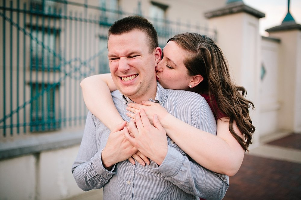 lizandbrandon_oldcity_philadelphia_elfrethsalley_engagement_session_image039.jpg