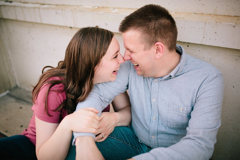 lizandbrandon_oldcity_philadelphia_elfrethsalley_engagement_session_image040.jpg