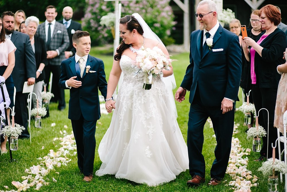 kellishawn_rosebankwinery_newtown_buckscounty_summer_wedding_image026.jpg