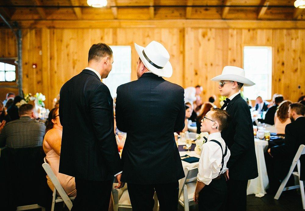 kellishawn_rosebankwinery_newtown_buckscounty_summer_wedding_image031.jpg