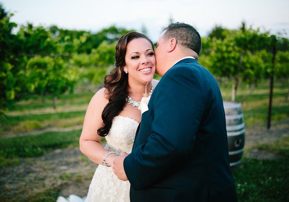 kellishawn_rosebankwinery_newtown_buckscounty_summer_wedding_image039.jpg