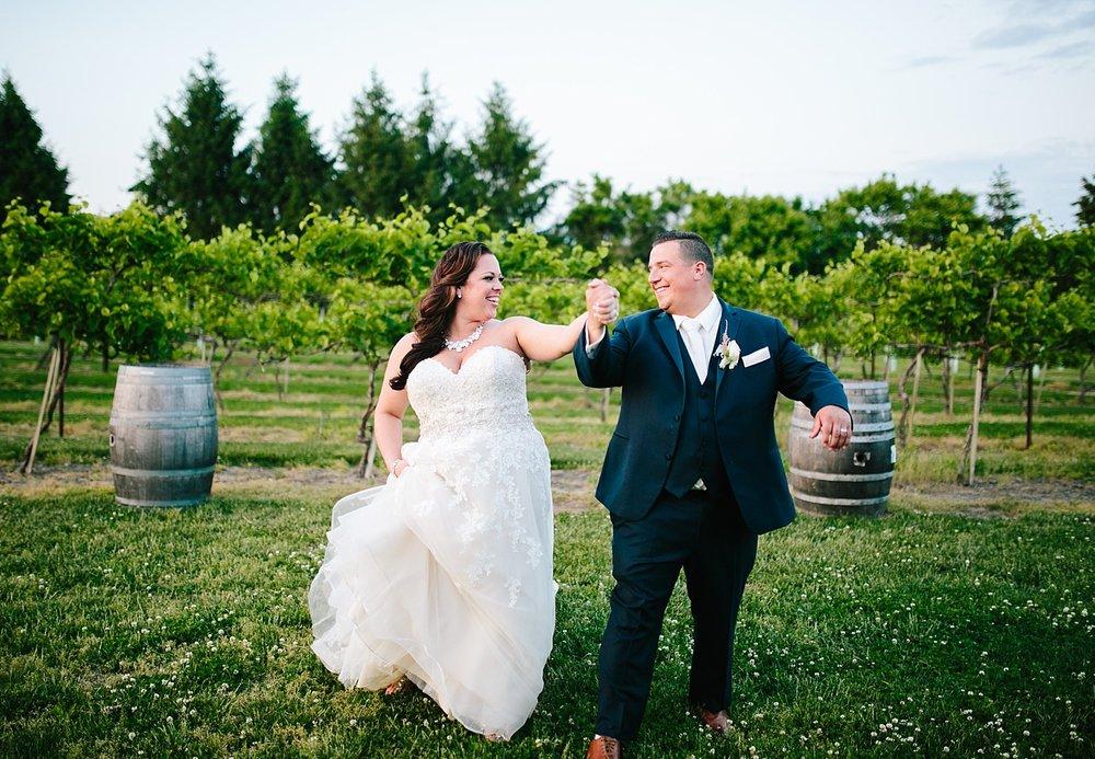 kellishawn_rosebankwinery_newtown_buckscounty_summer_wedding_image040.jpg