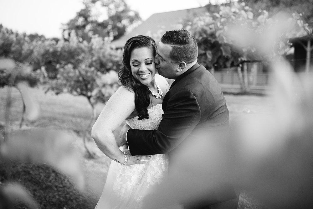 kellishawn_rosebankwinery_newtown_buckscounty_summer_wedding_image042.jpg