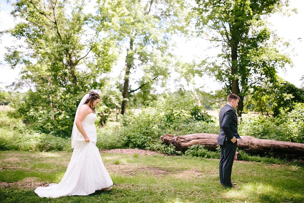 lizbrandon_rosebankwinery_newtown_summer_wedding_image_027.jpg