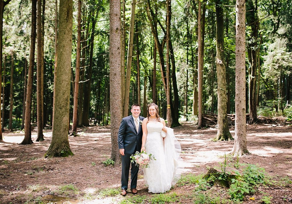 lizbrandon_rosebankwinery_newtown_summer_wedding_image_032.jpg