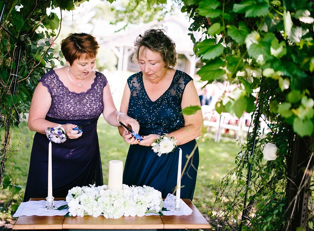 lizbrandon_rosebankwinery_newtown_summer_wedding_image_060.jpg