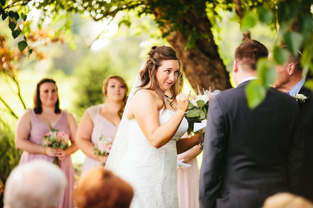 lizbrandon_rosebankwinery_newtown_summer_wedding_image_073.jpg