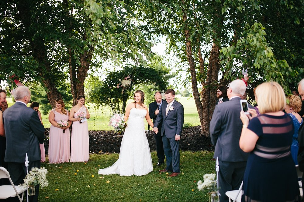 lizbrandon_rosebankwinery_newtown_summer_wedding_image_079.jpg
