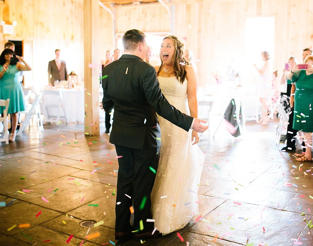 lizbrandon_rosebankwinery_newtown_summer_wedding_image_098.jpg