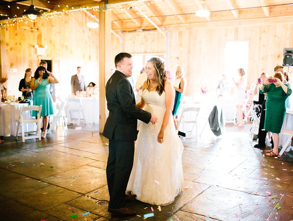 lizbrandon_rosebankwinery_newtown_summer_wedding_image_099.jpg