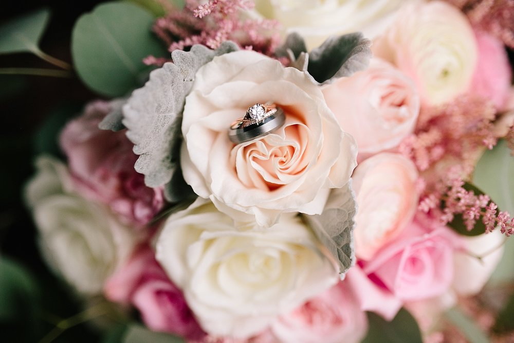 lizbrandon_rosebankwinery_newtown_summer_wedding_image_117.jpg