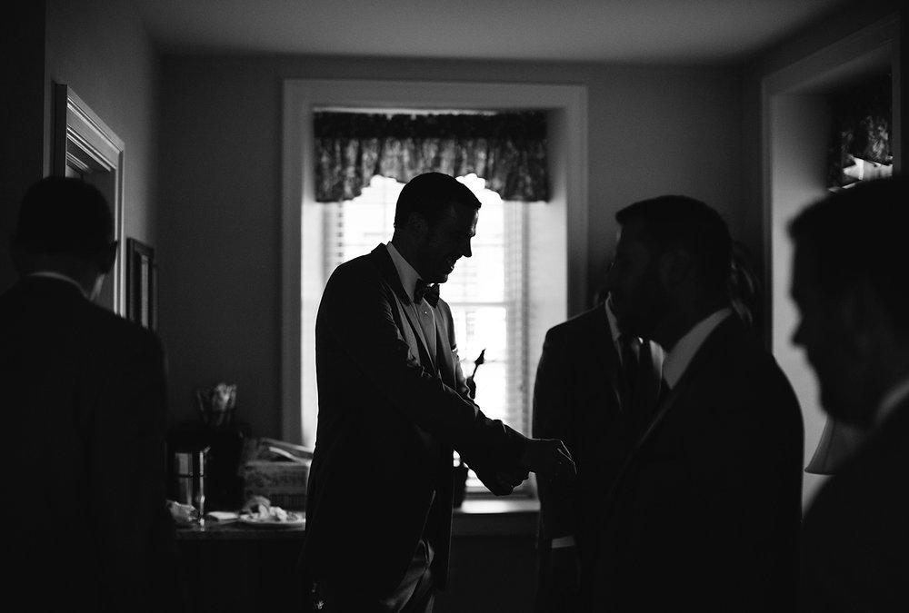 emilyandjoe_bluebell_countryclub_philadelphia_wedding_image022.jpg