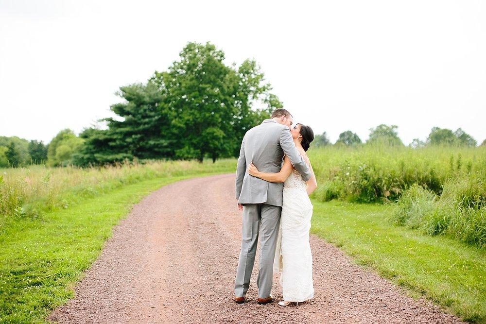 emilyandjoe_bluebell_countryclub_philadelphia_wedding_image084.jpg