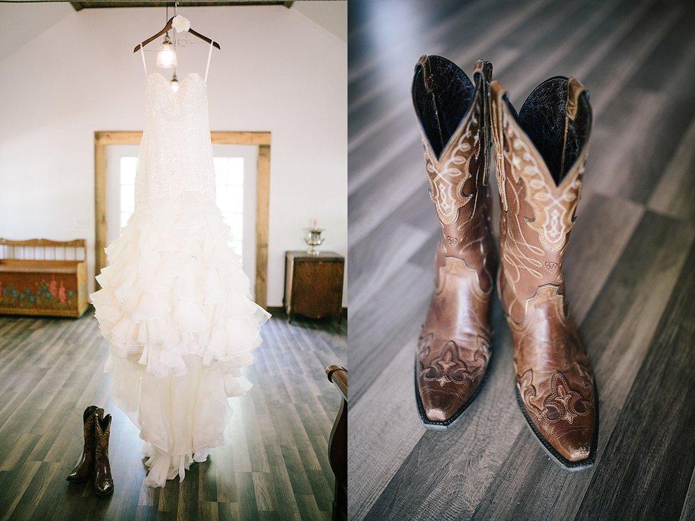 jennyryan_newbeginnings_farmstead_upstatenewyork_wedding_image003.jpg