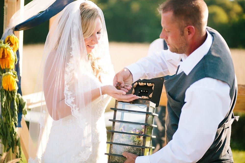 jennyryan_newbeginnings_farmstead_upstatenewyork_wedding_image093.jpg