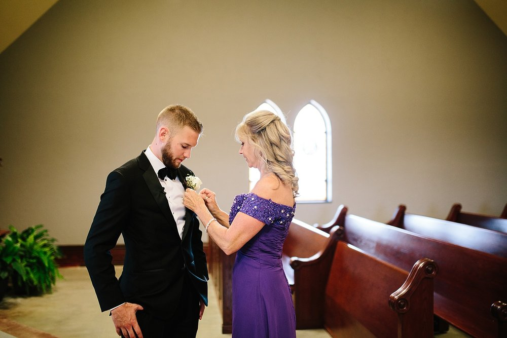 kelseyandharrison_radnorvalleycountryclub_wedding_image035.jpg