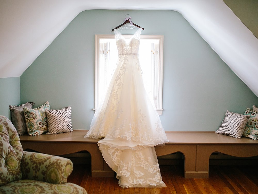 jessdavid_barnonbridge_phoenixville_winter_wedding_image_025.jpg