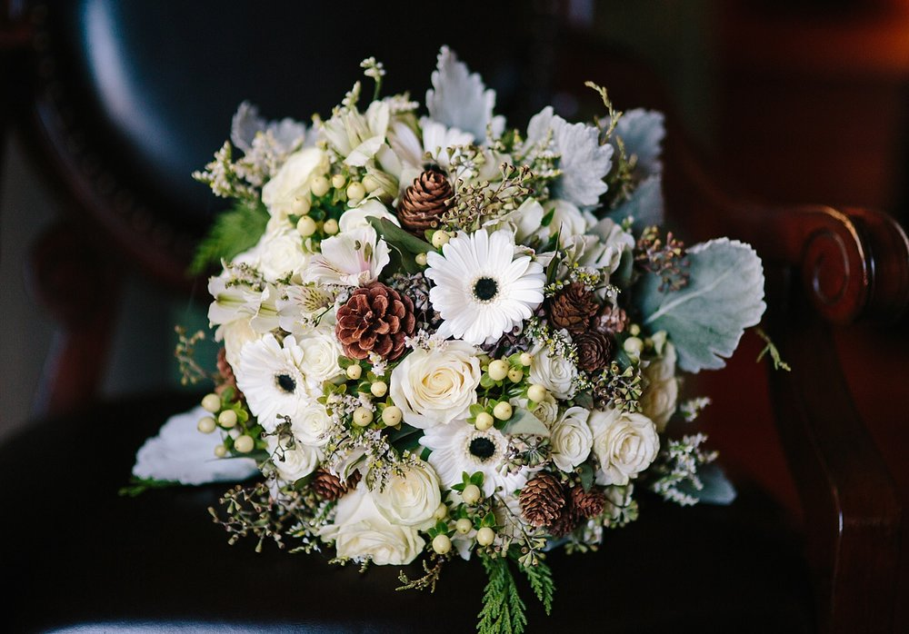 jessdavid_barnonbridge_phoenixville_winter_wedding_image_038.jpg