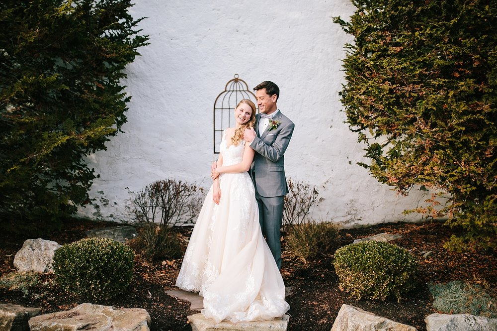jessdavid_barnonbridge_phoenixville_winter_wedding_image_048.jpg