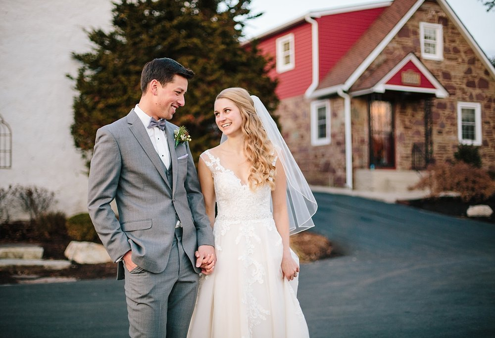 jessdavid_barnonbridge_phoenixville_winter_wedding_image_089.jpg