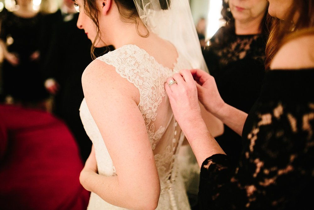 michelledaniel_themanor_newjersey_winter_wedding_image028.jpg