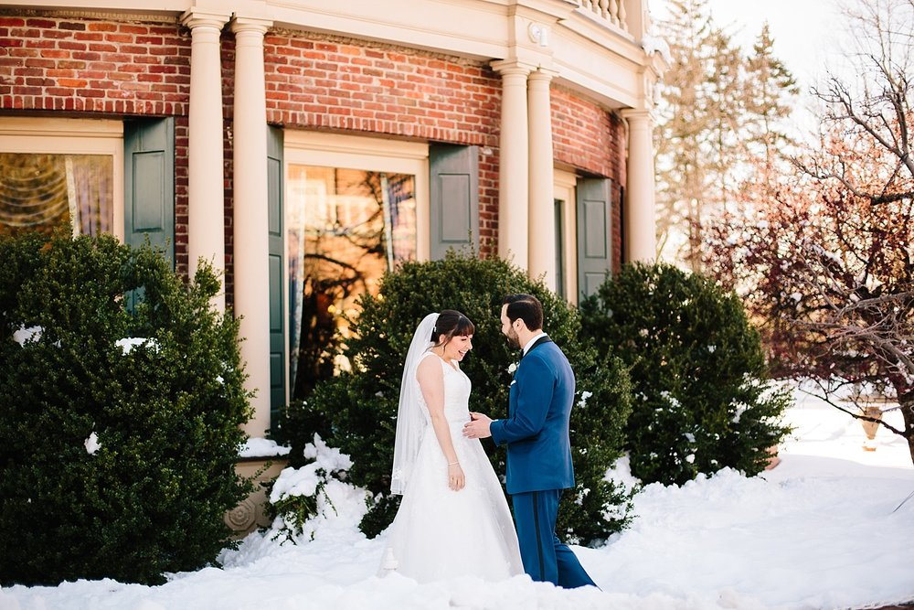 michelledaniel_themanor_newjersey_winter_wedding_image038.jpg