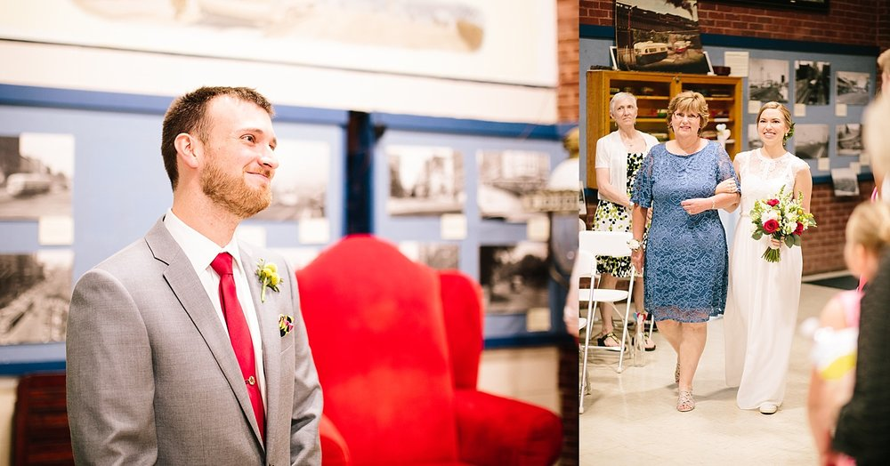 ronnyjohn_baltimore_streetcarmuseum_hotelindigo_wedding_image__0205.jpg