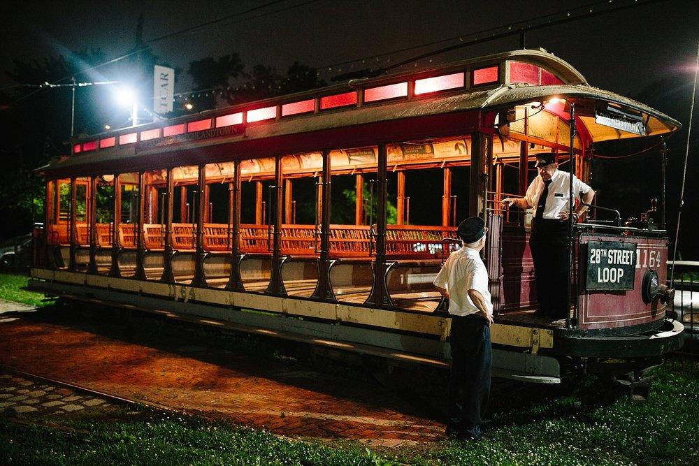 ronnyjohn_baltimore_streetcarmuseum_hotelindigo_wedding_image__0259.jpg