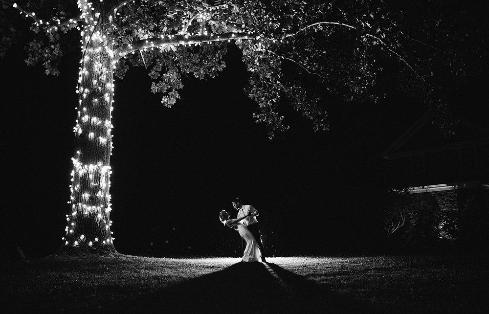 amyjamie_anthonywaynehouse_paoli_philadelphia_summer_wedding_image117.jpg