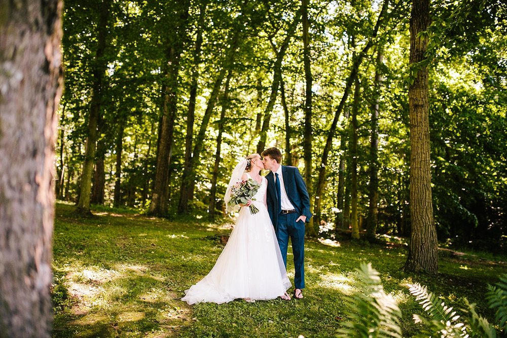 carleyauston_actionimpact_elverson_lancaster_camp_wedding032.jpg