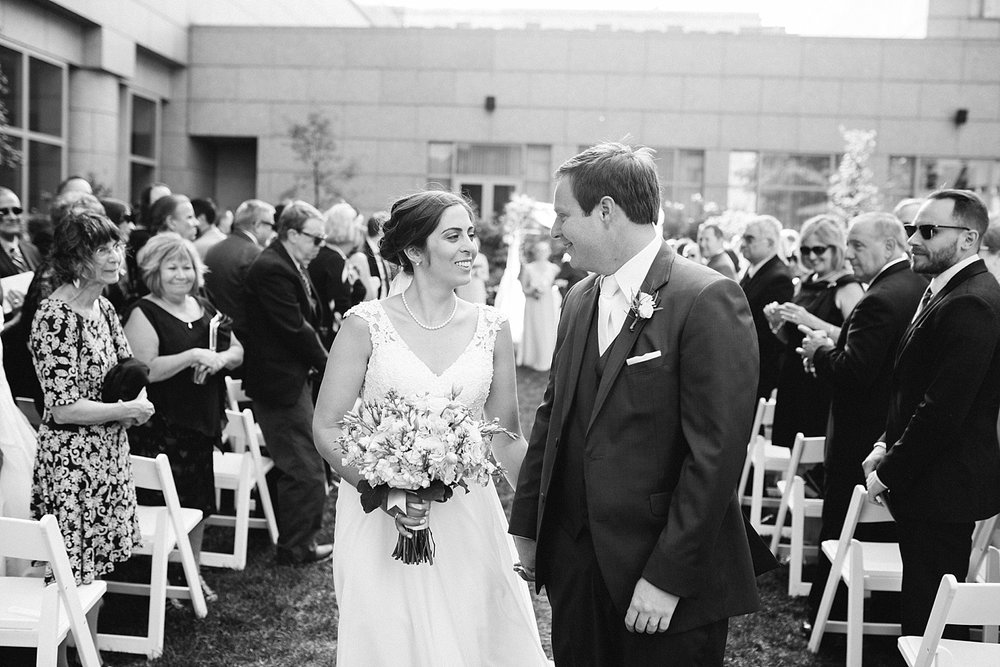 lisajoe_thelogan_philadelphia_artmuseum_wedding_image092.jpg