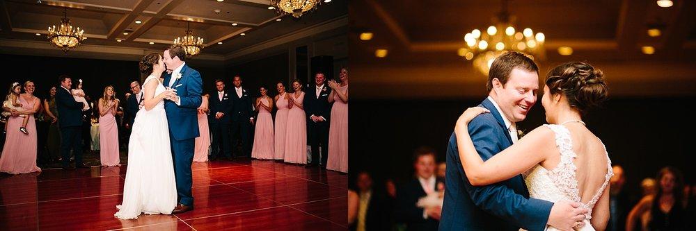 lisajoe_thelogan_philadelphia_artmuseum_wedding_image109.jpg