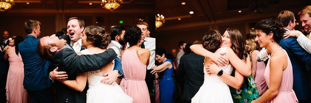lisajoe_thelogan_philadelphia_artmuseum_wedding_image114.jpg